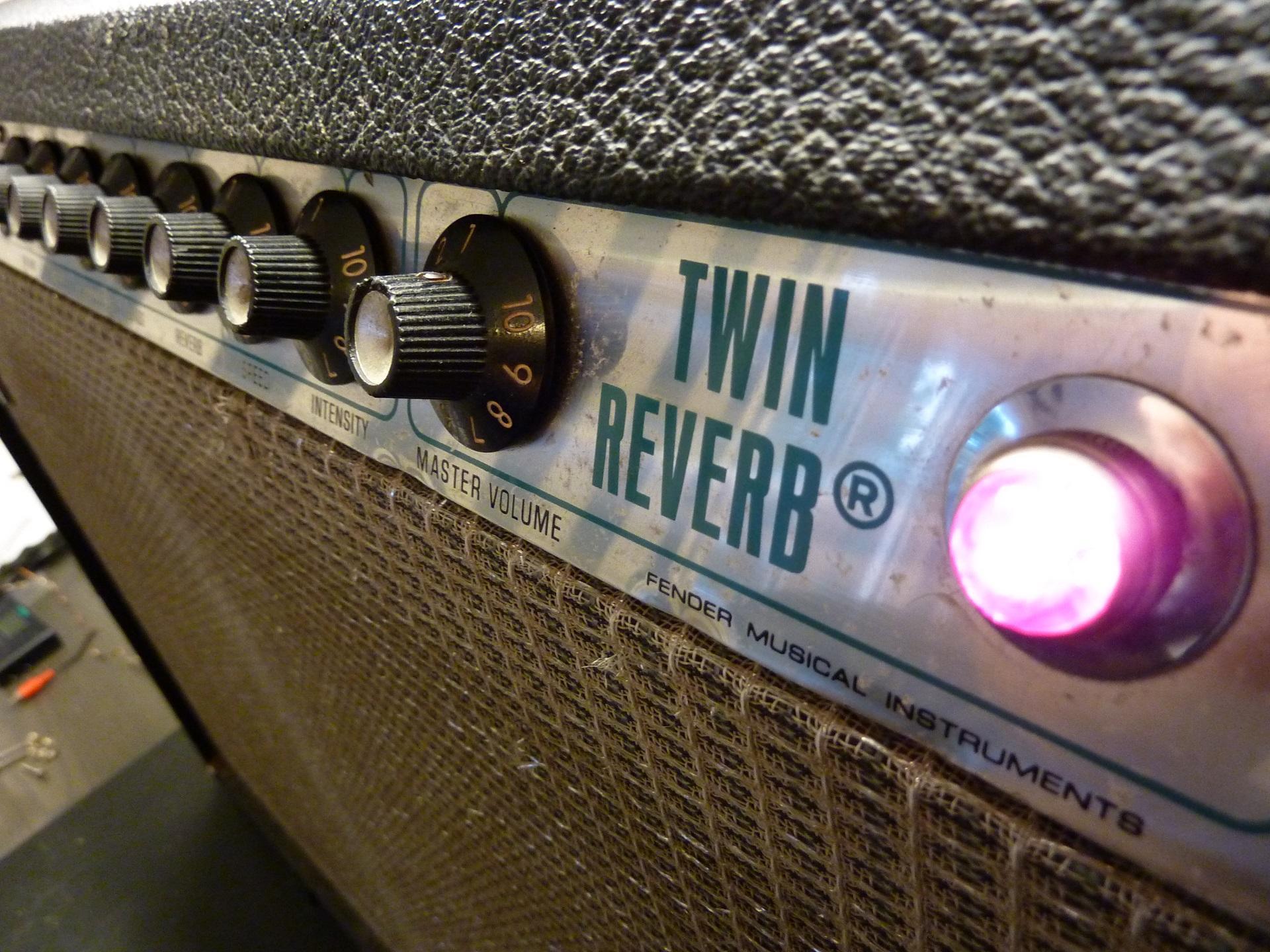 fender twin reverb 135w - photo #11
